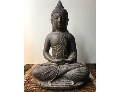 Buddha in meditazione in Sand stone