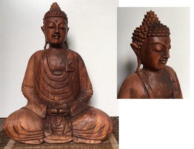 Buddha in legno scolpito a mano